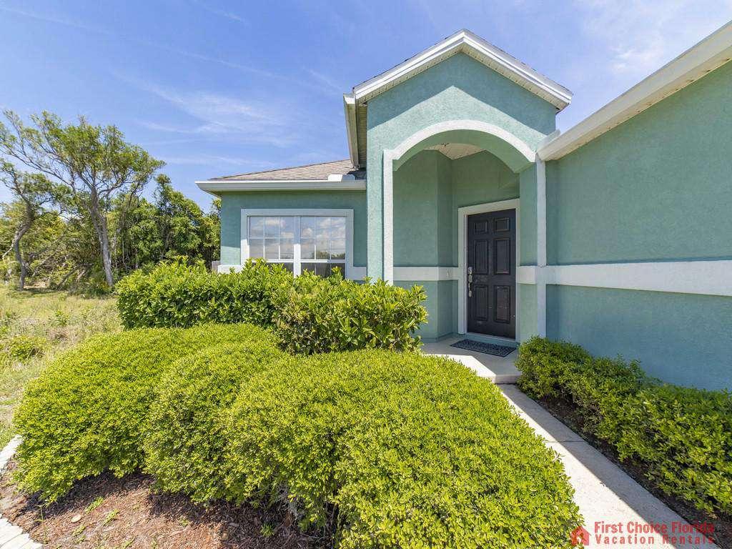 Magnolia Beach House - Front Door
