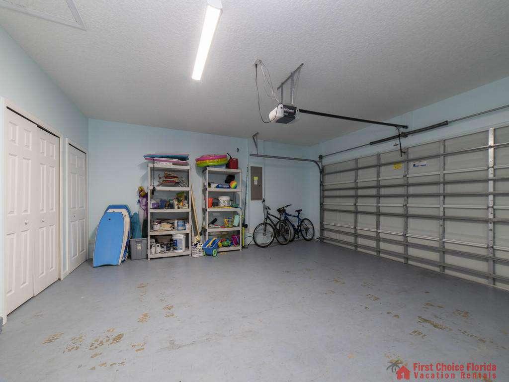 Magnolia Beach House - Garage