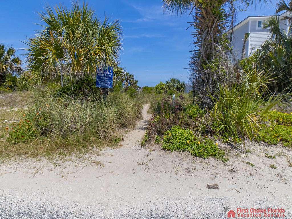 Magnolia Beach House - Trail to Beach