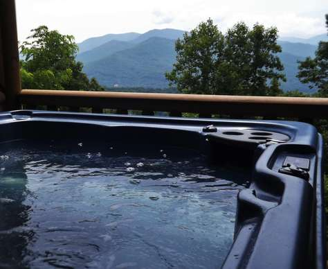 Sparkling Therapeutic Hot Tub