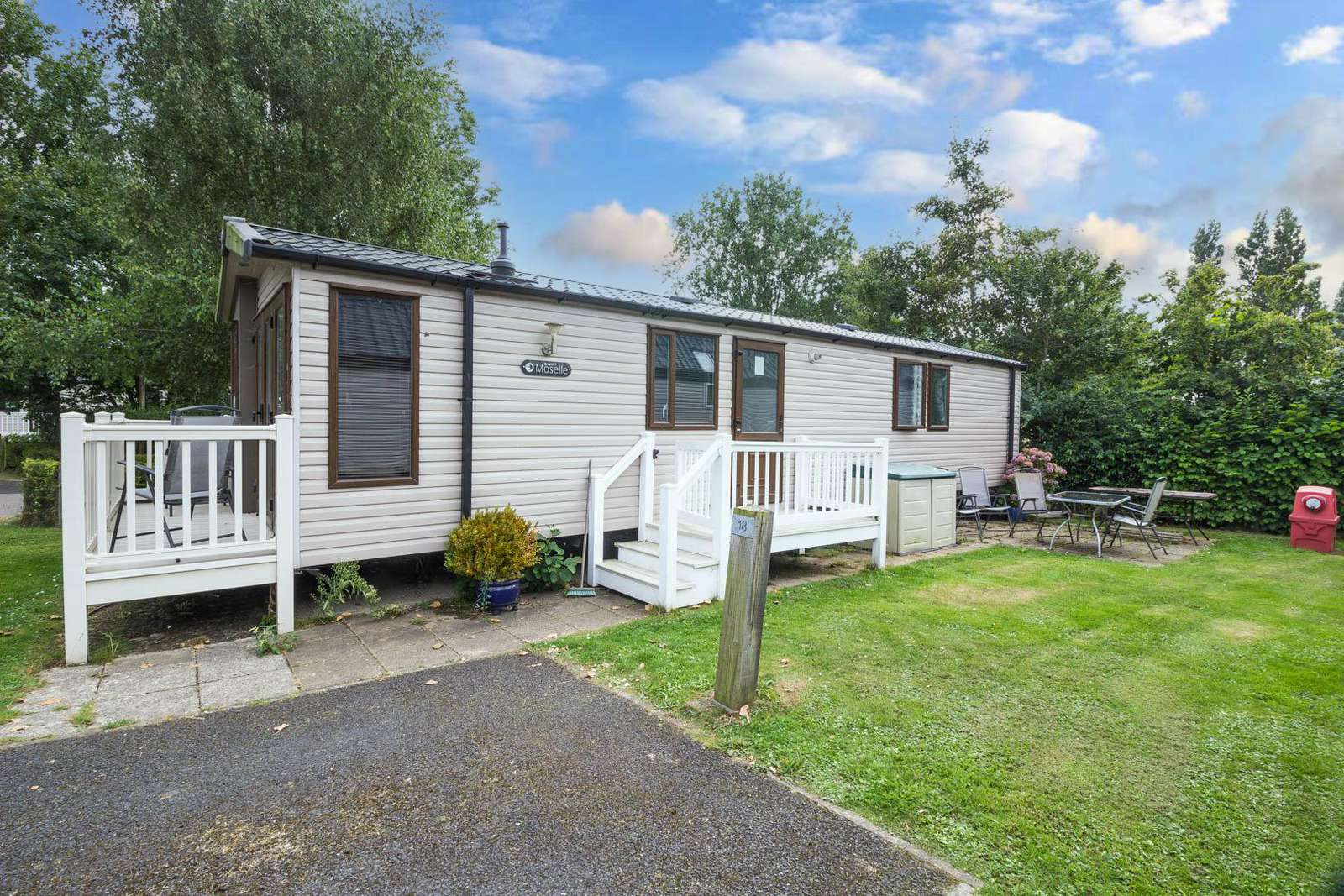 80018B – Birkdale area, 3 bed, 8 berth caravan with decking. Diamond rated. - property