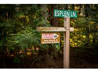 Esplen Lane Sign pointing to Red Maple and Red Bud Cabins thumb