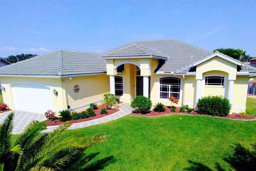 Wischis Florida Home - Vacation Rentals I Property Management I Real Estate