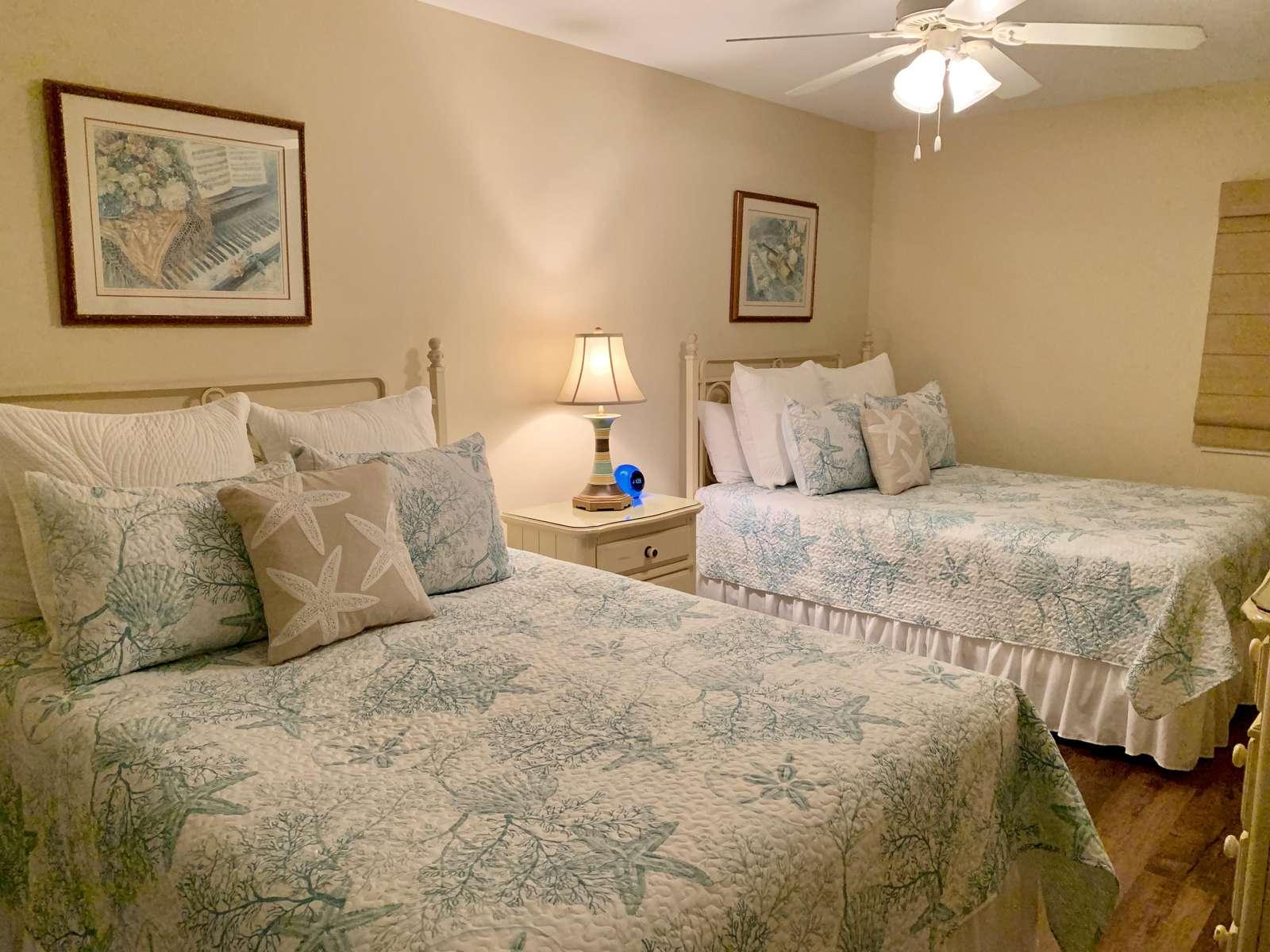 Guest bedroom, 2 Queens