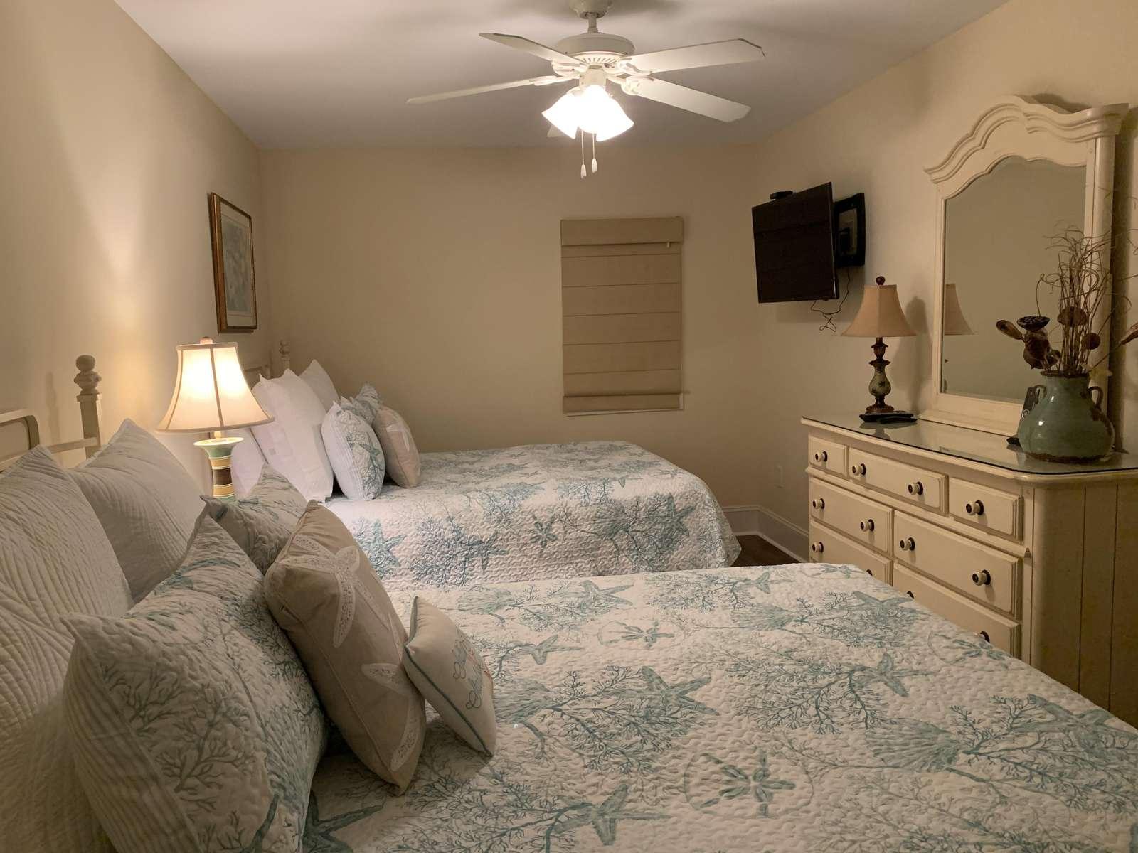 Guest bedroom, flat screen TV