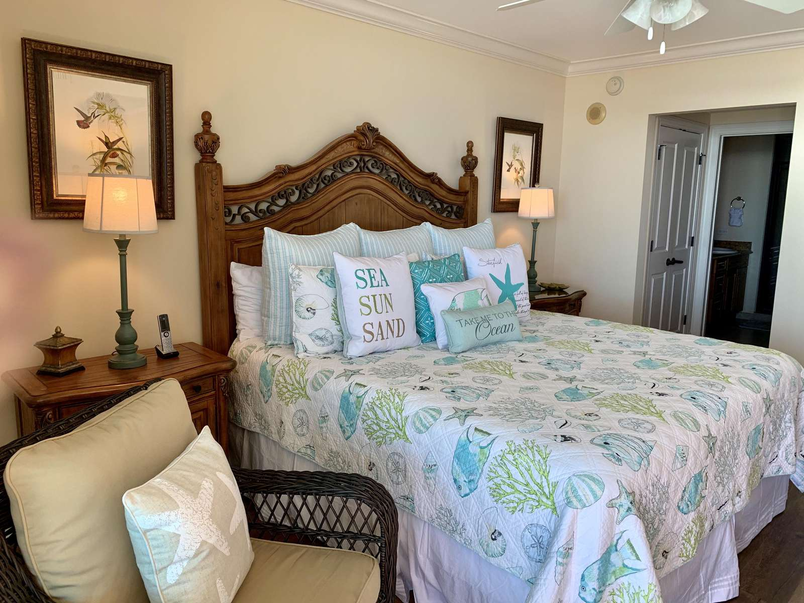 Master bedroom, new coverlet
