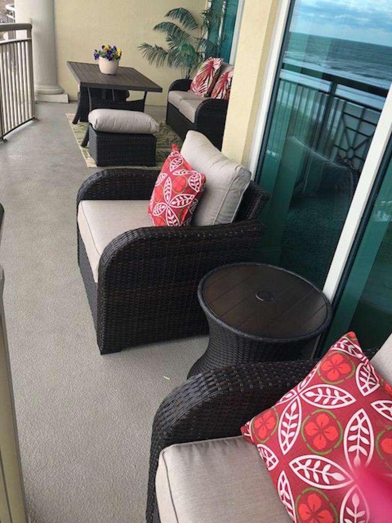 New, New patio furnishings!