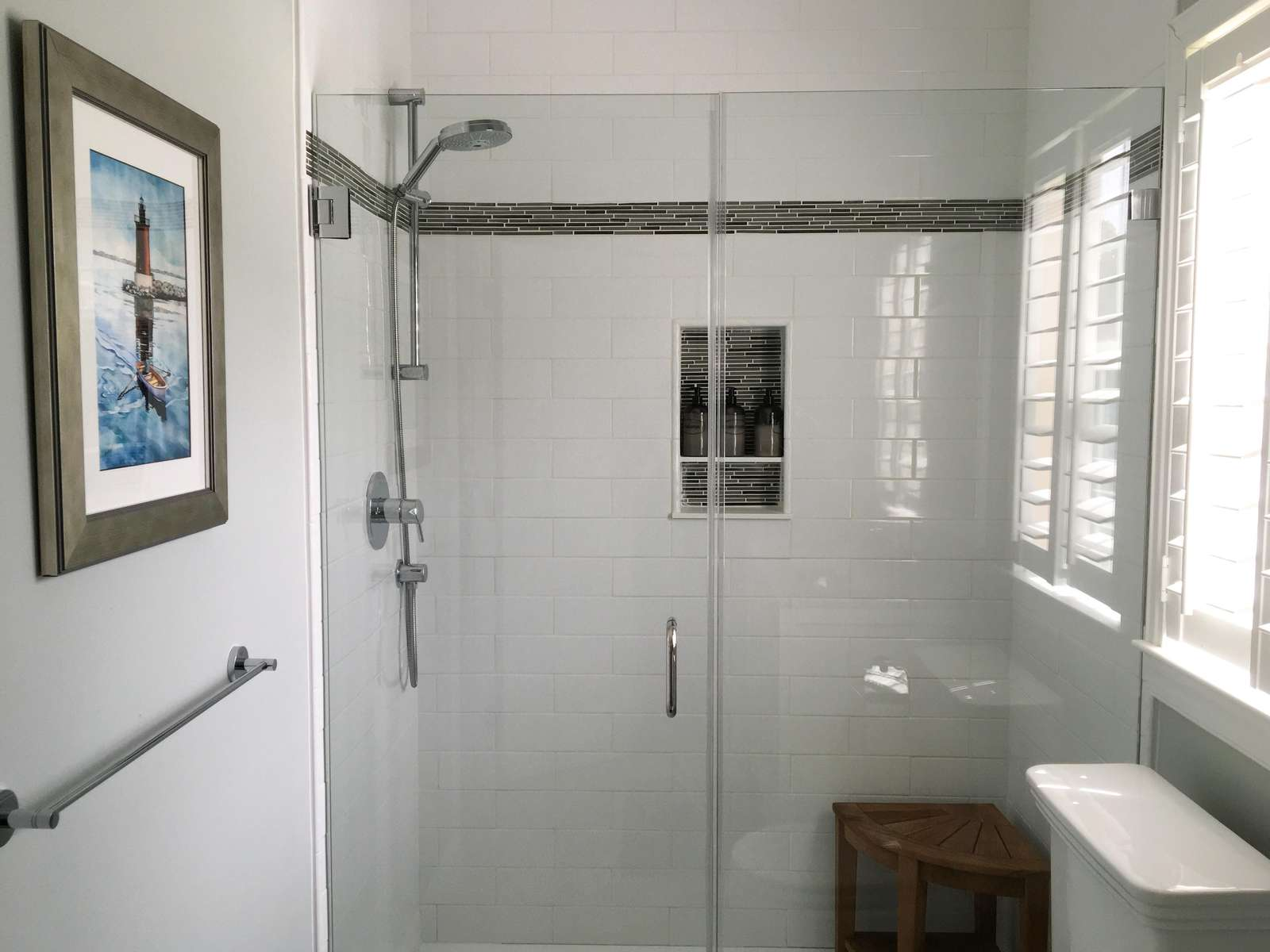 Guest bath with walk-in shower