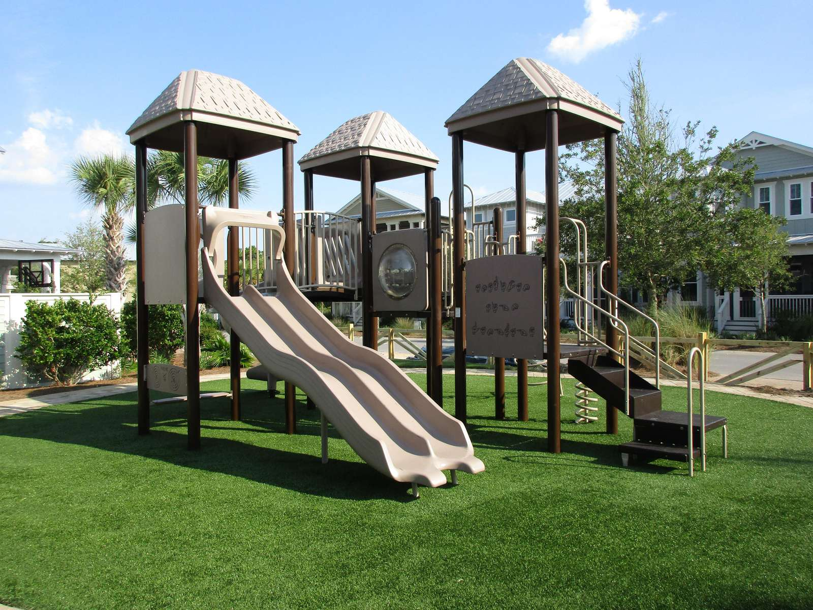 playground near pools