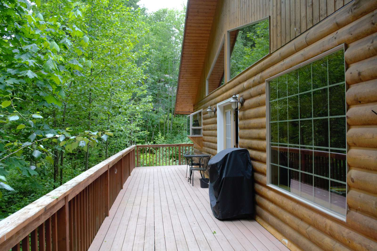 Large Deck with Gas BBQ