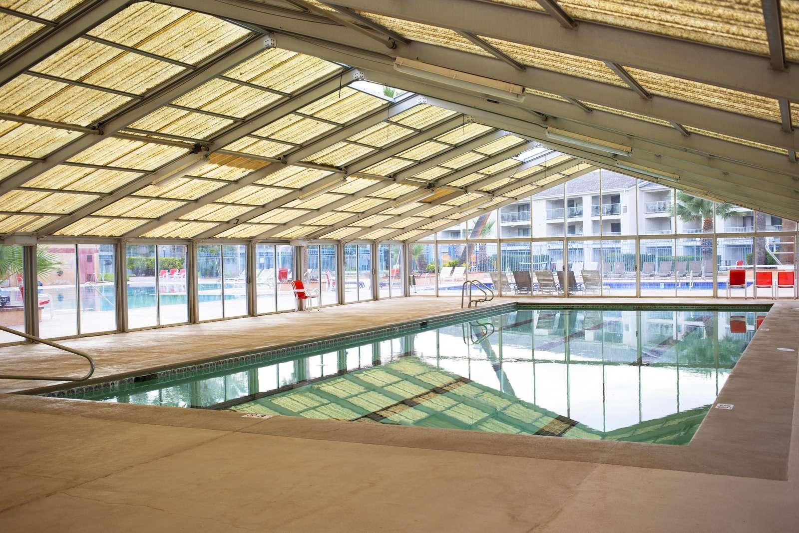 Indoor Pool - Heated (Year Round)