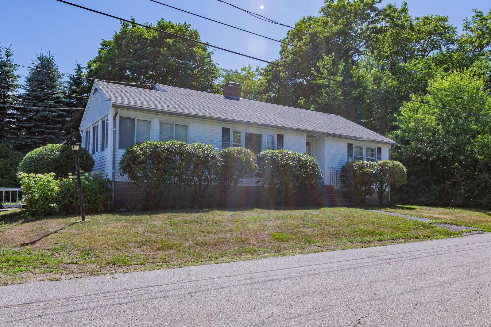 18 Baker Ave., Rye, NH - property