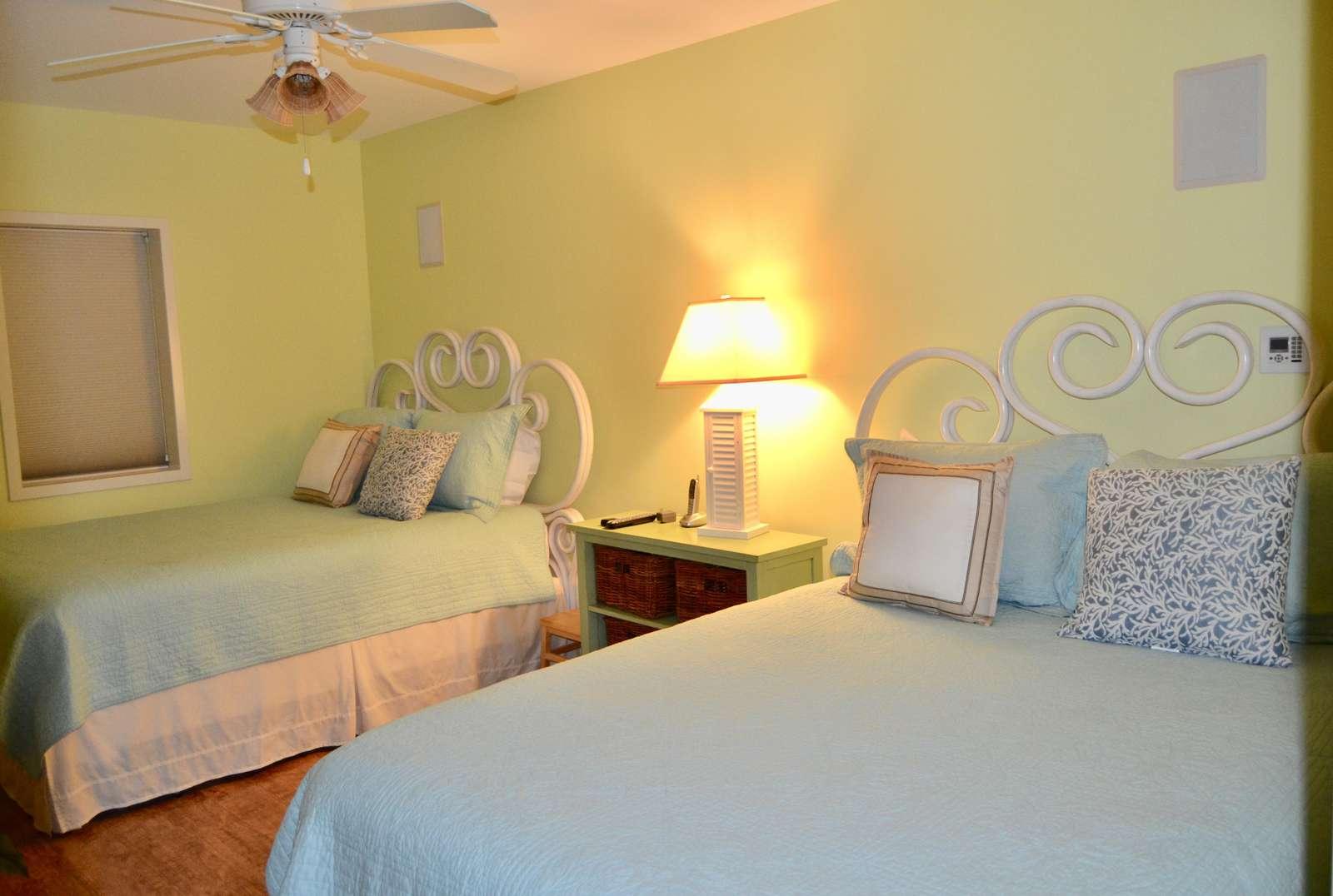 Bedroom 2, 2 Queen beds