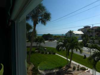 View from Sitting room to beach thumb