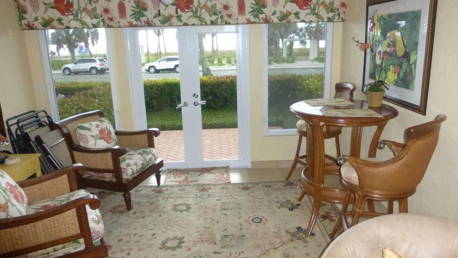 Beachview sitting room - property