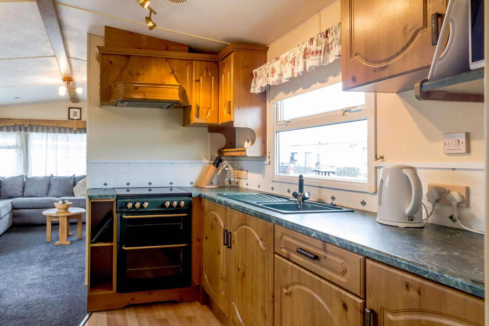 Fully equipped kitchen, perfect for self-catering breaks