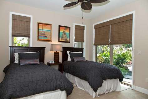 Second guest bedroom - can convert to king bed