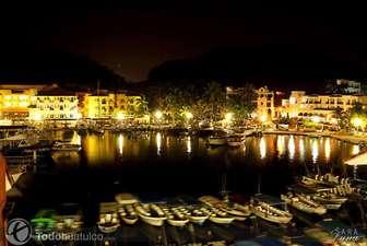 Santa Cruz marina at night thumb