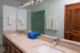 Double sinks in the master ensuite thumb