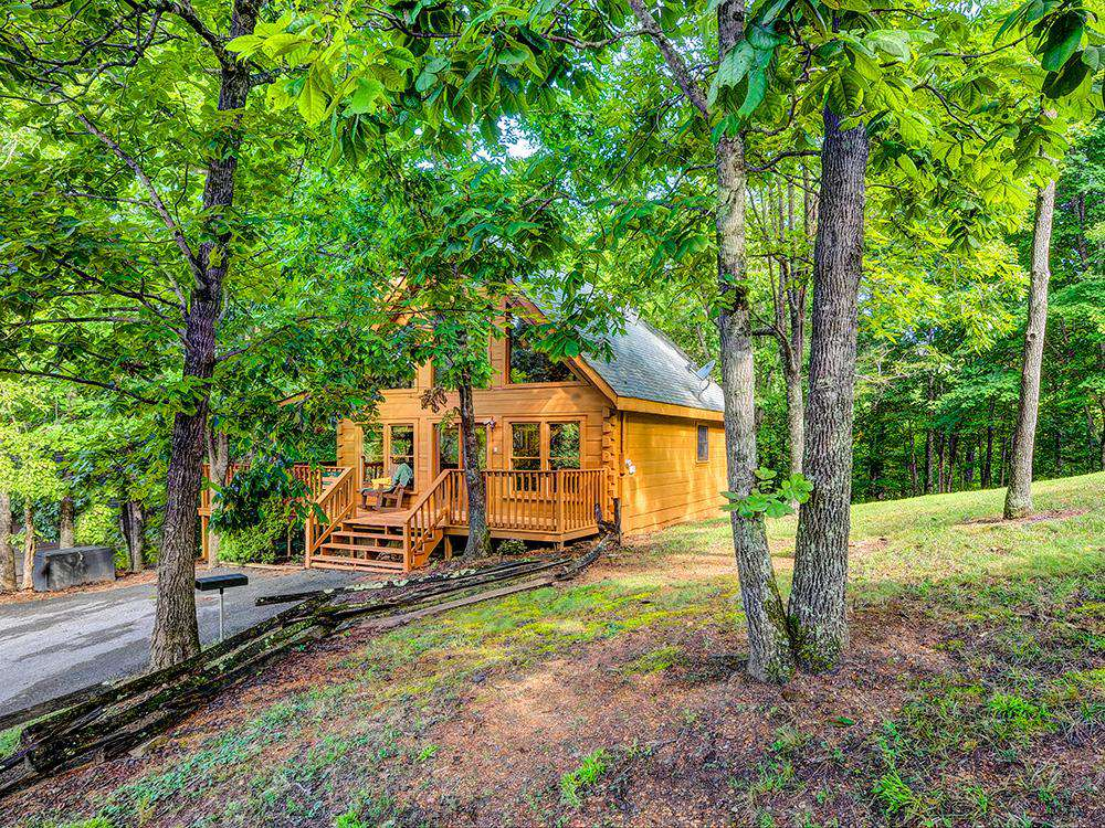 Simple Comforts – Country Pines Resort (2 BR) - property
