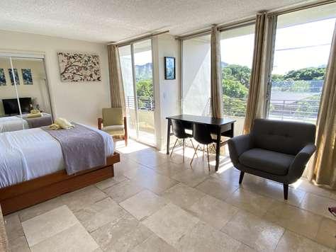 Waikiki Grand Suite 412