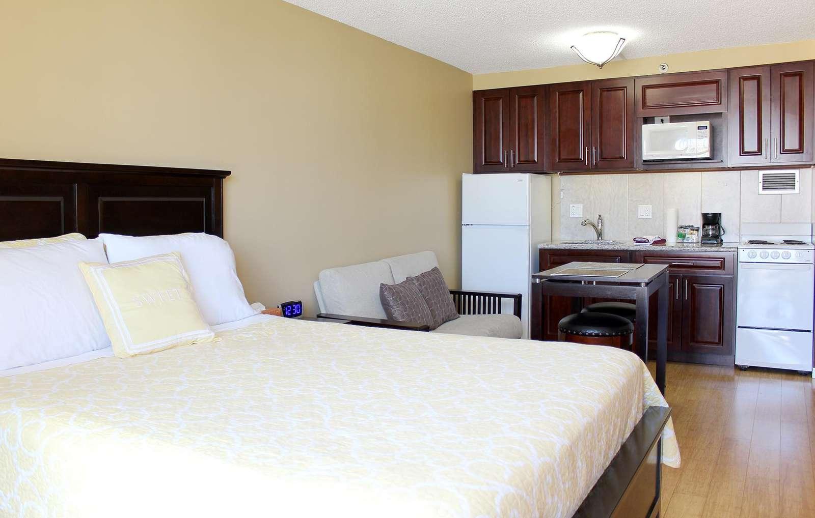 Studio Suite with kitchen area