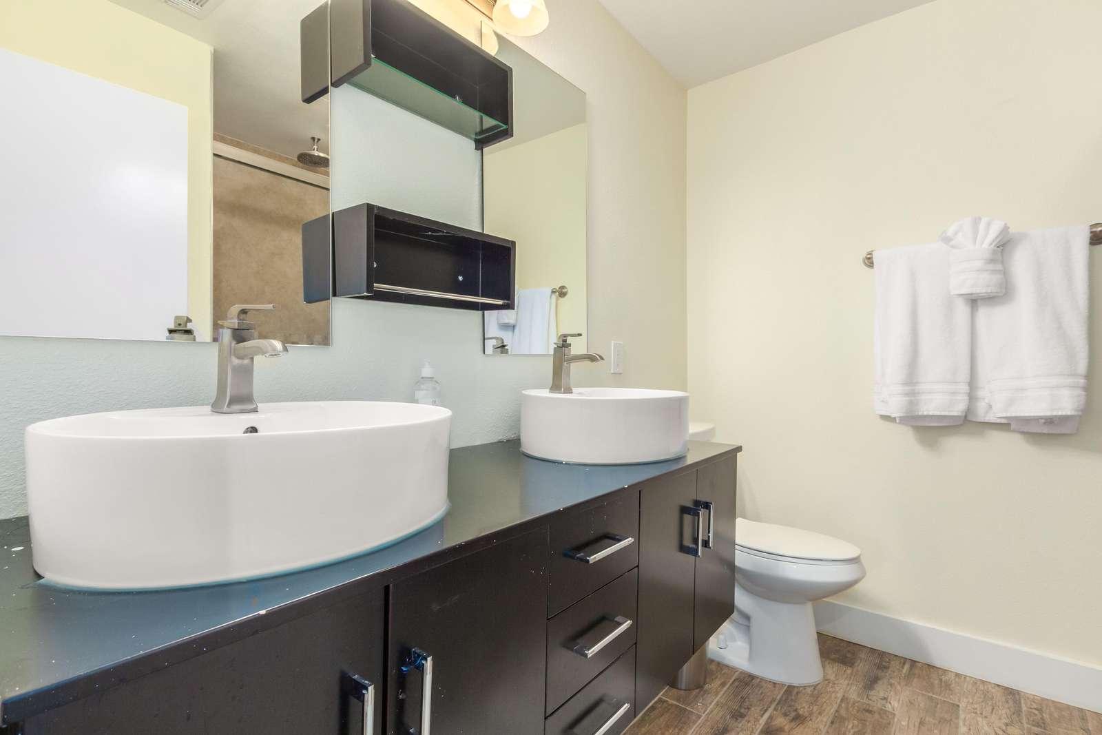 2nd Primary bathroom with double vanity