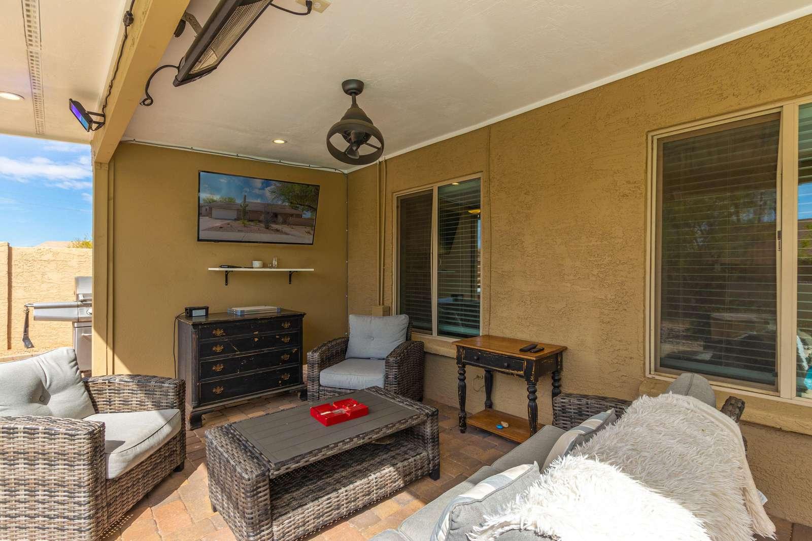 Outdoor Living Room / TV