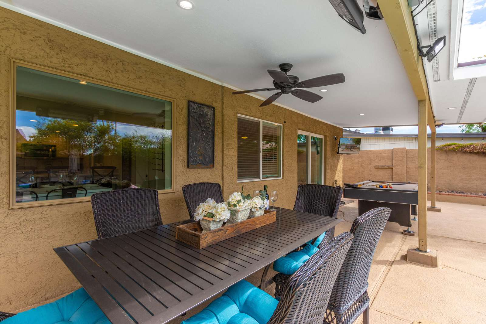 Outdoor Dining Area w/Heaters if Needed.