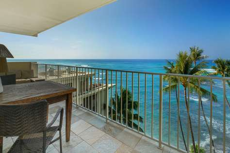 Diamond Head 801 Oceanfront w/ 1 Bedroom