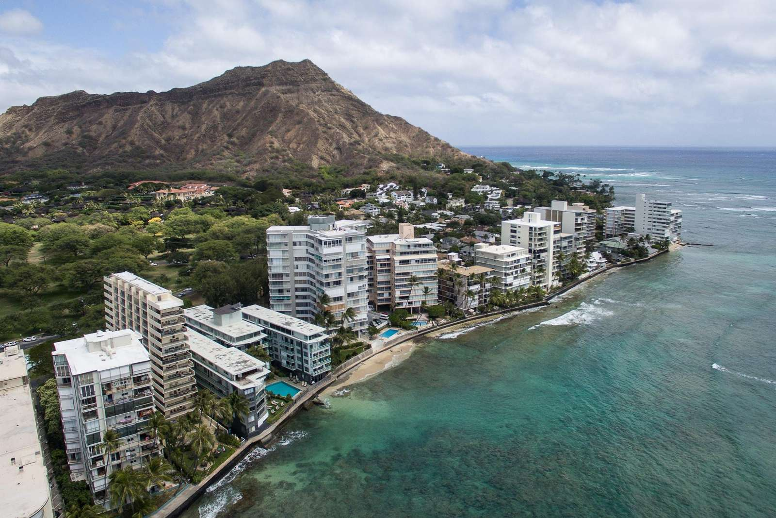 Arial view of hotel & Diamond Head