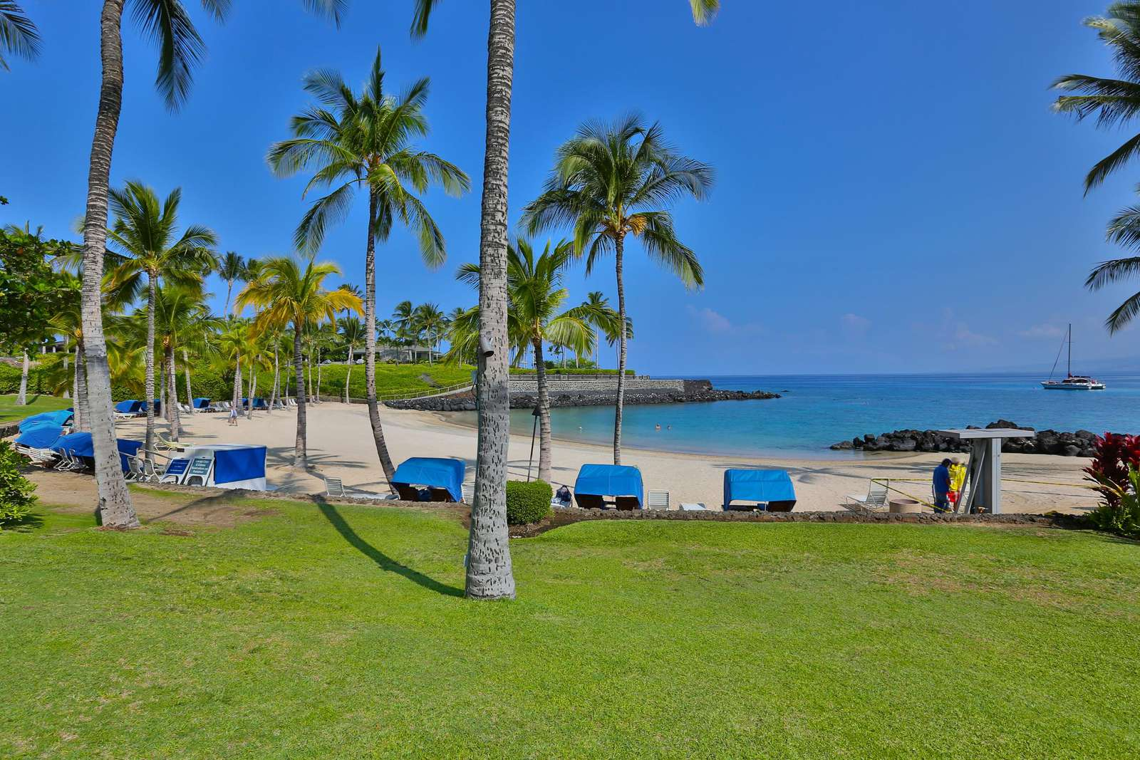Mauna Lani Beach club access included - key card required for entry