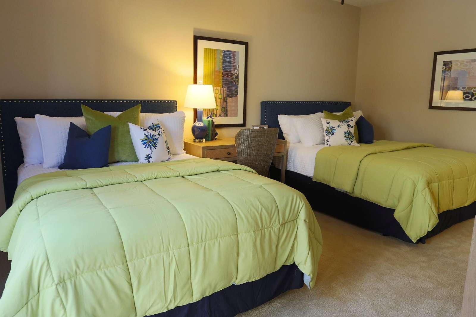 Guest Bedroom with two queen beds, walk in closet, 4K TV