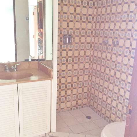 2nd Bathroom with Full Shower and Vanity
