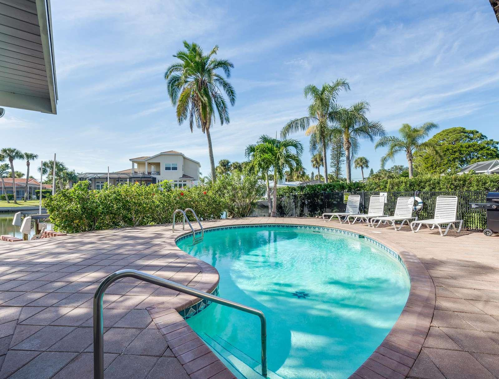 Sand Dollar Cottage – 910 - property