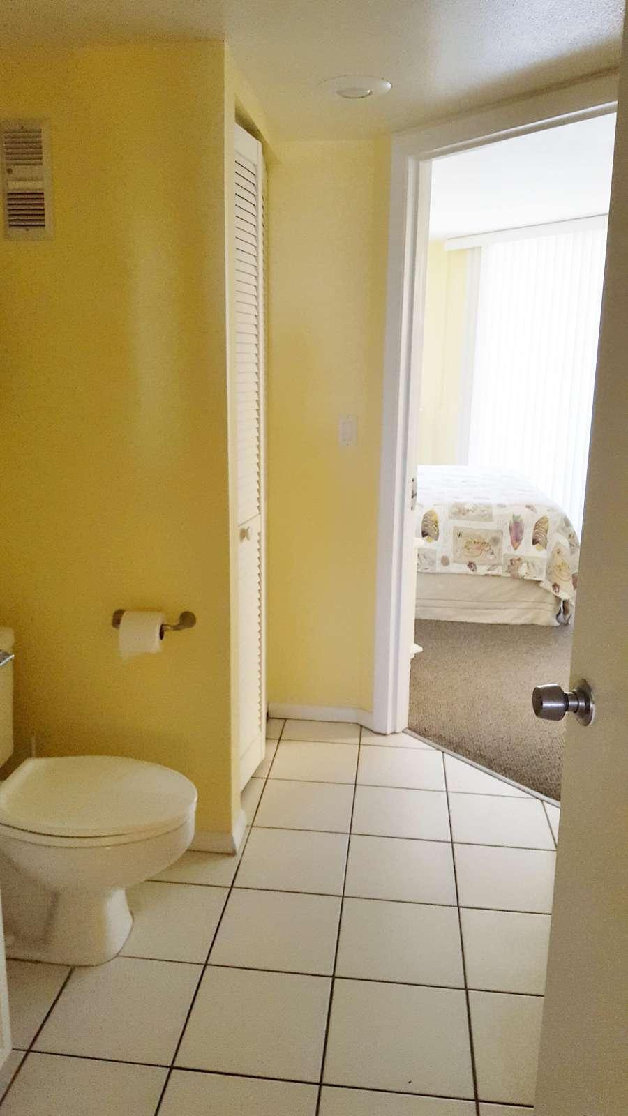 Hallway thru bathrooms