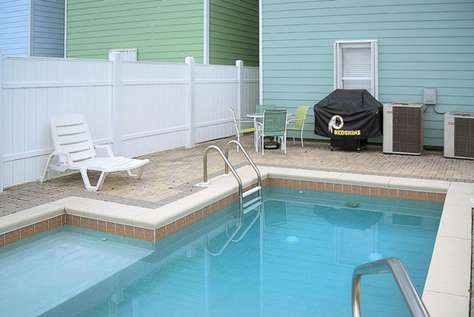 Private Pool to Cool Off on those Hot Days!