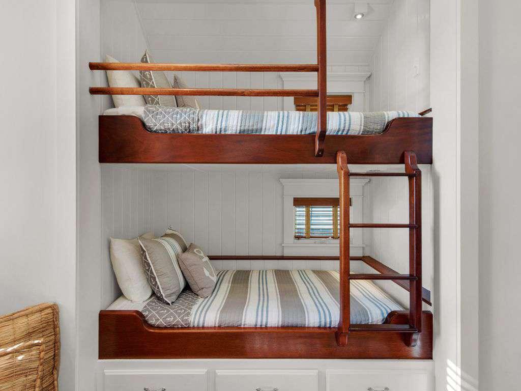 Bunk Beds w/Under Mount Lighting
