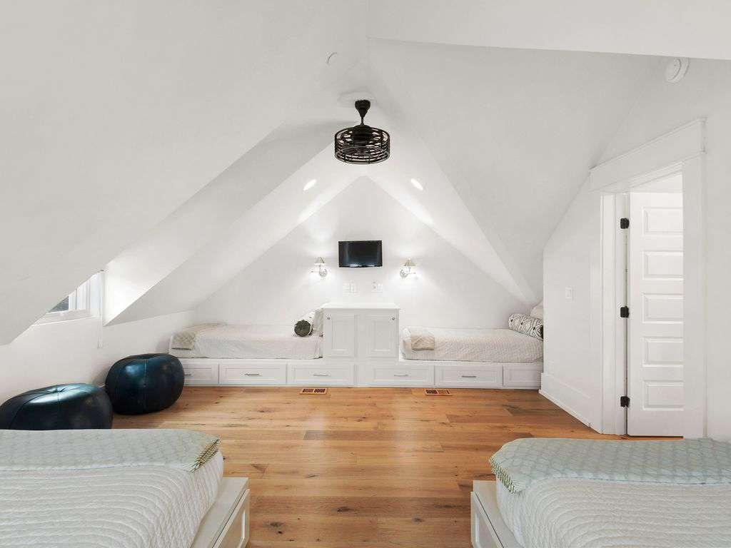 Sleeping Area Third Floor