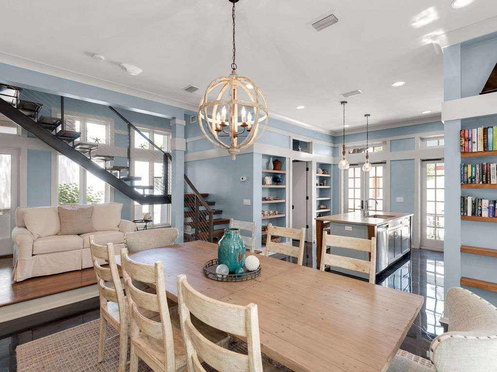 Open Dining with Kitchen