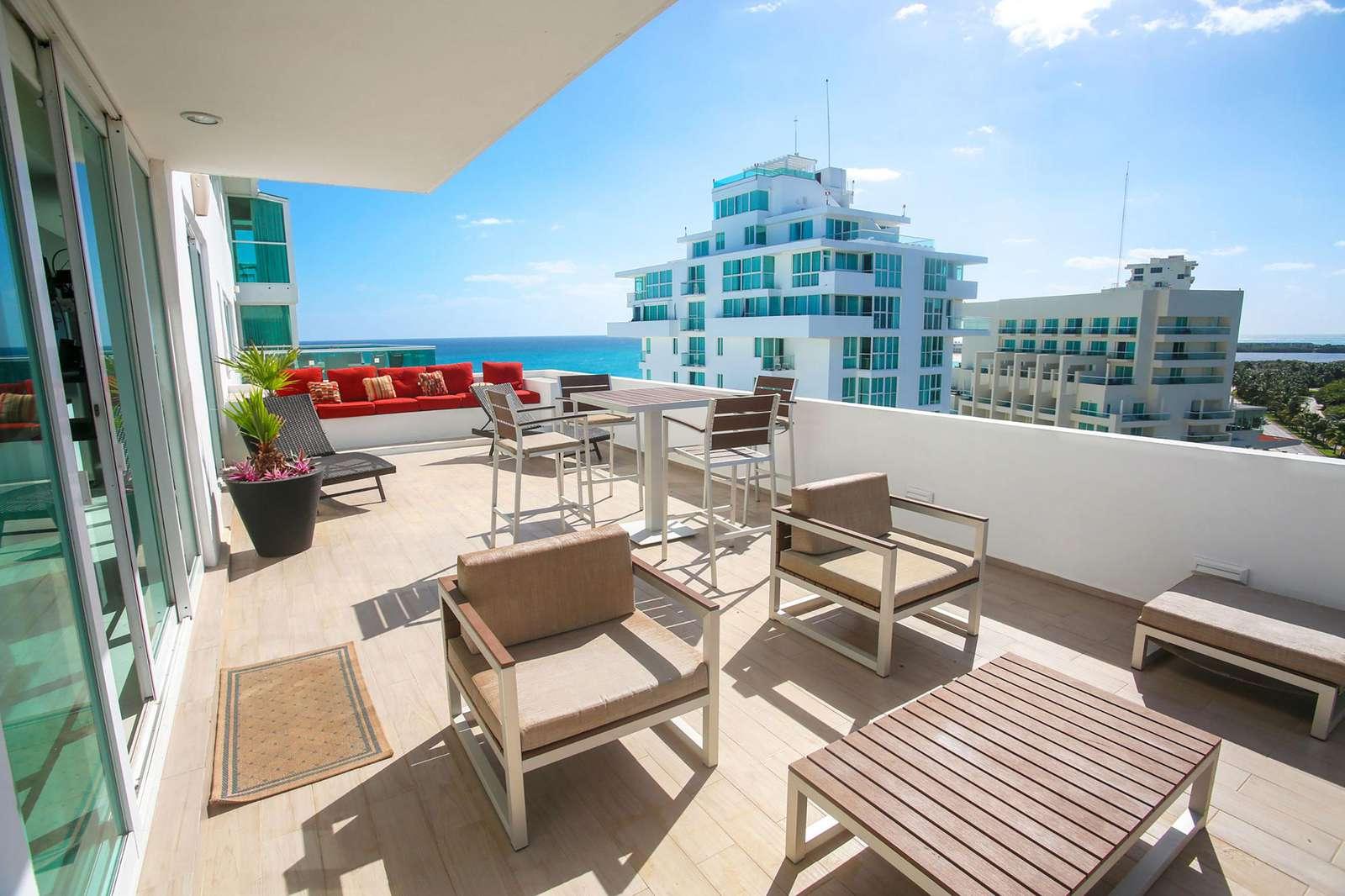 First floor balcony facing ocean - property