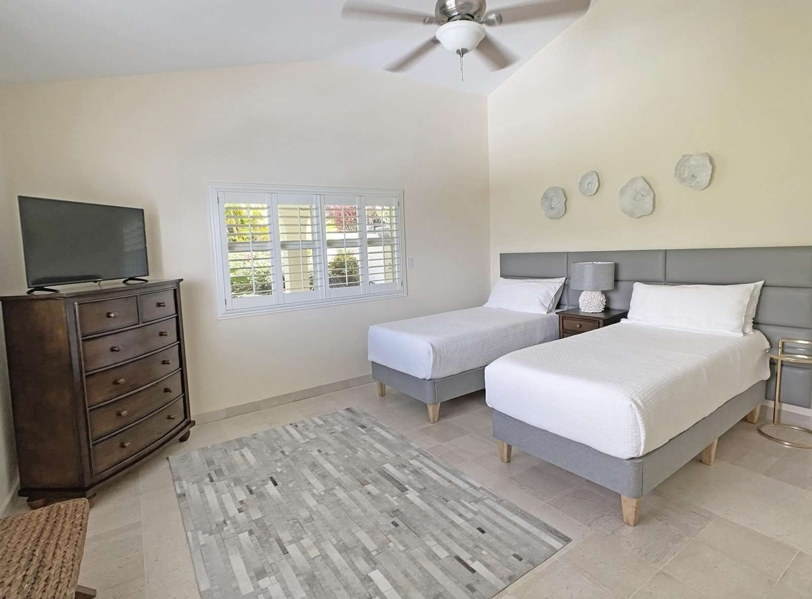Garden Guest Room as arranged with 2 Twin XL Beds