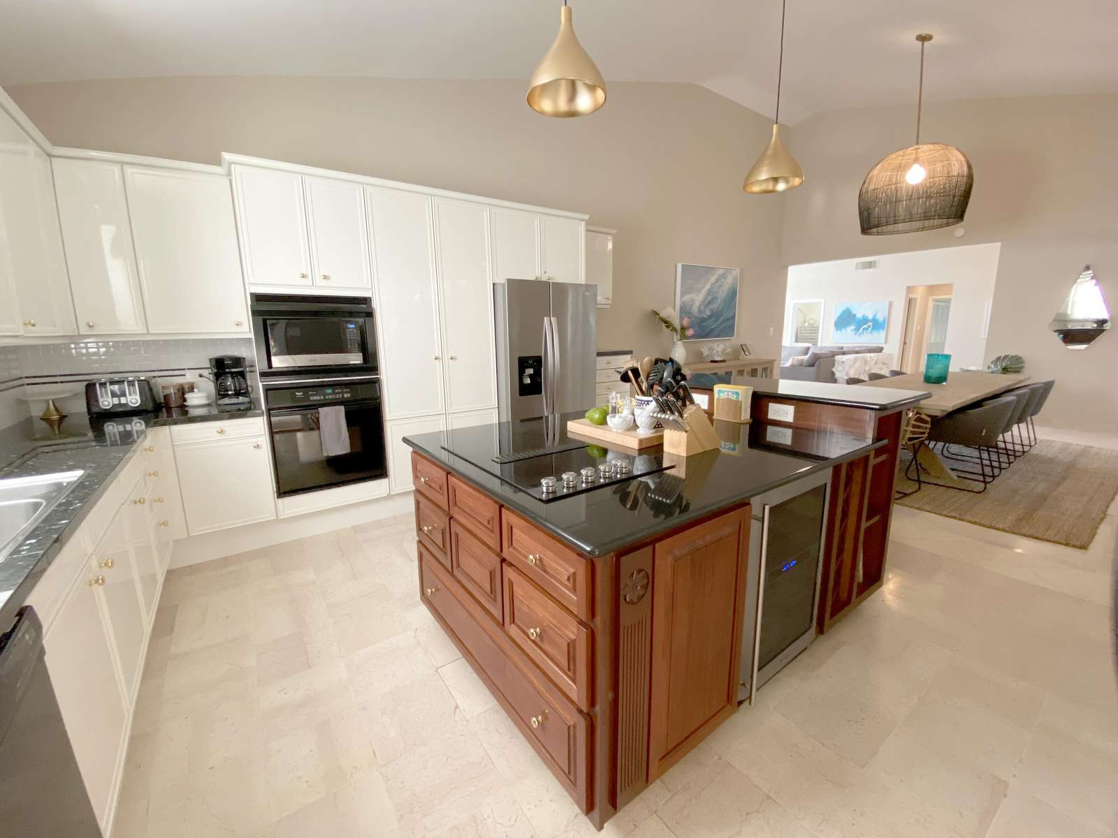Fully equipped kitchen ready to entertain