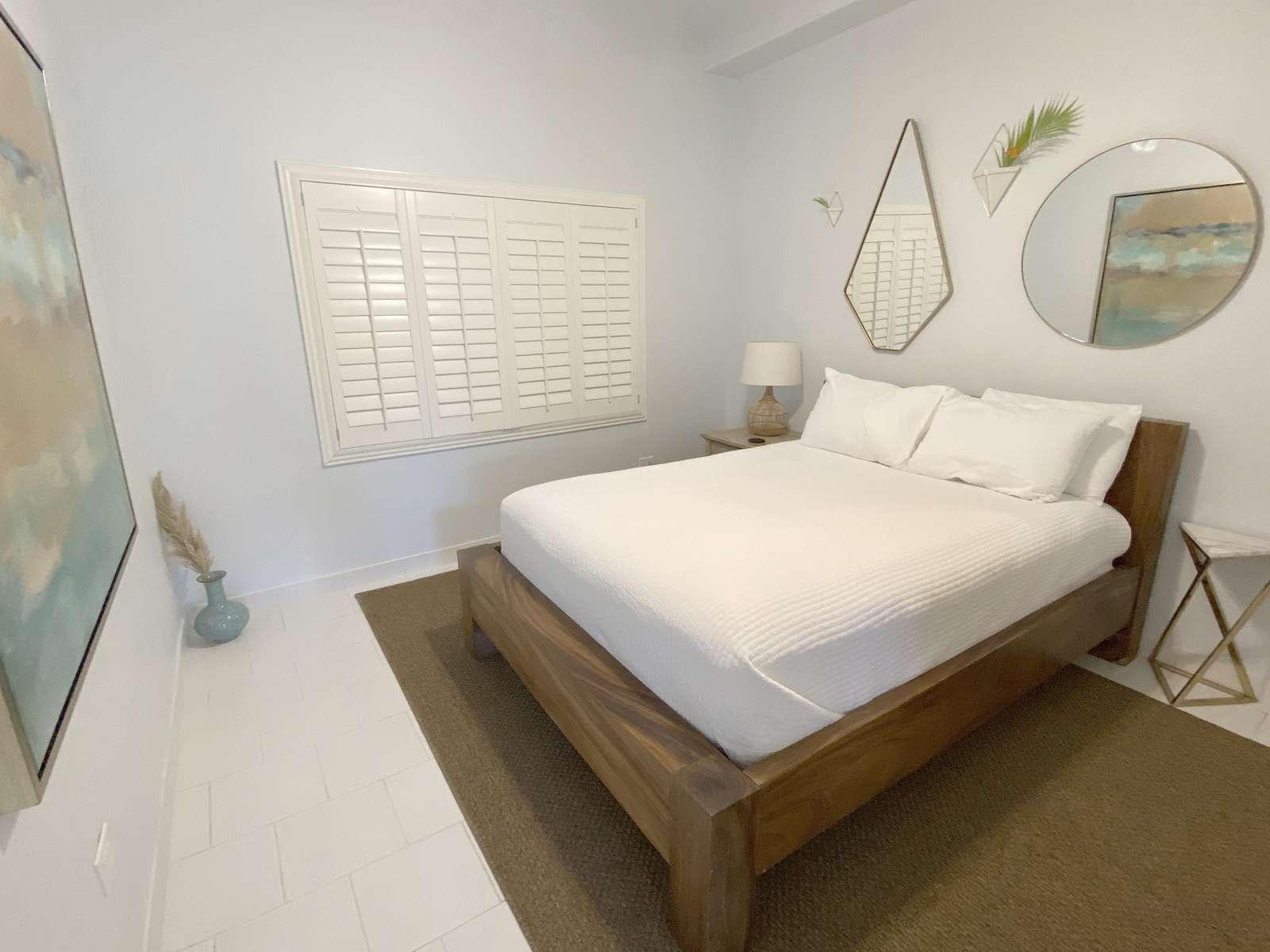Queen Bed in Private Bedroom in Pool Level Casita Apartment