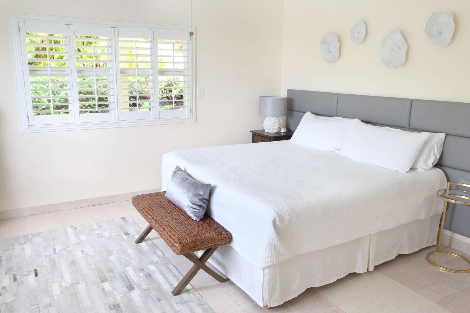 The King bed in the Garden Guest Room can be split into two twins upon request