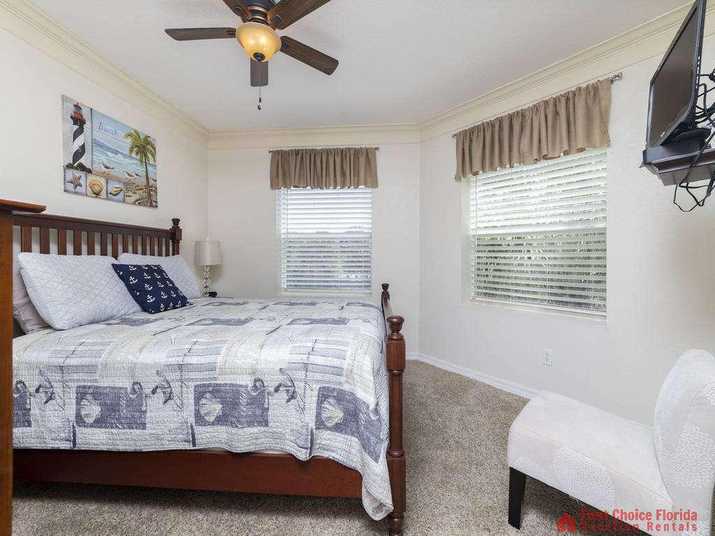 Hibiscus I201 Master Bedroom with Windows