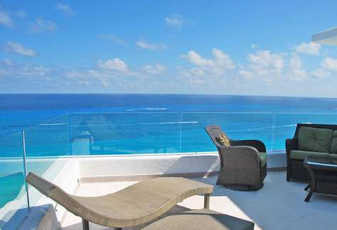 #3000 Oceanfront Rooftop Best View of Hotel Zone
