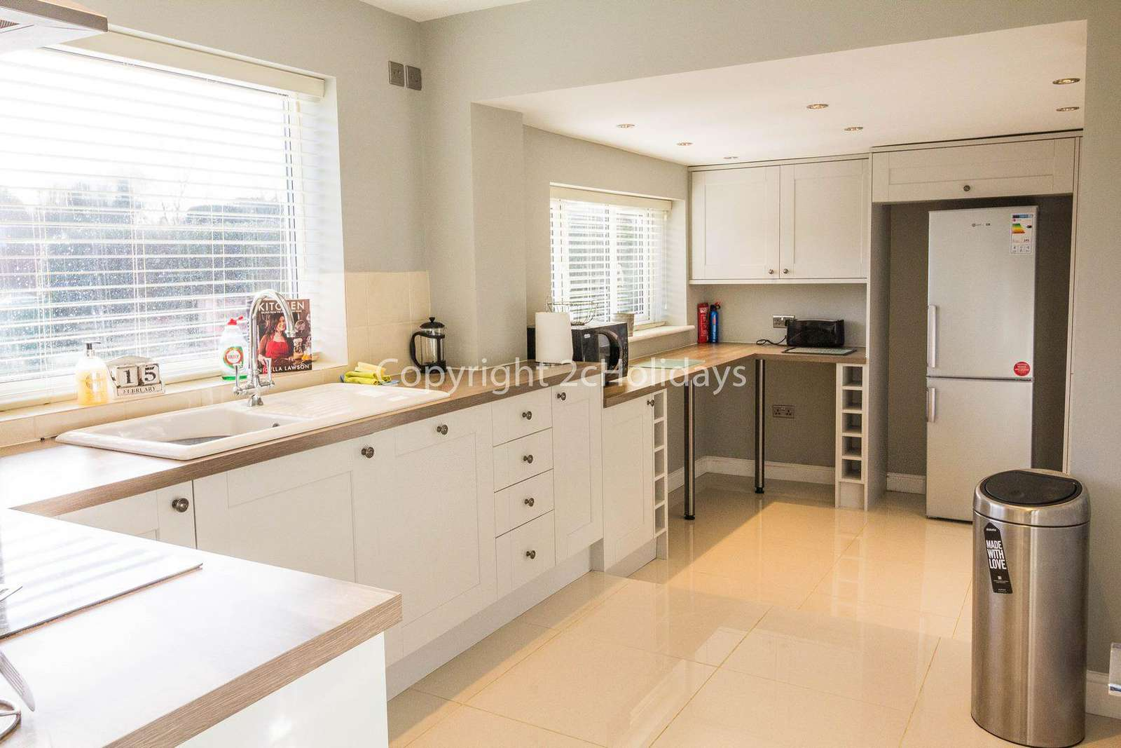 Fully equipped modern kitchen, perfect for self-catering breaks