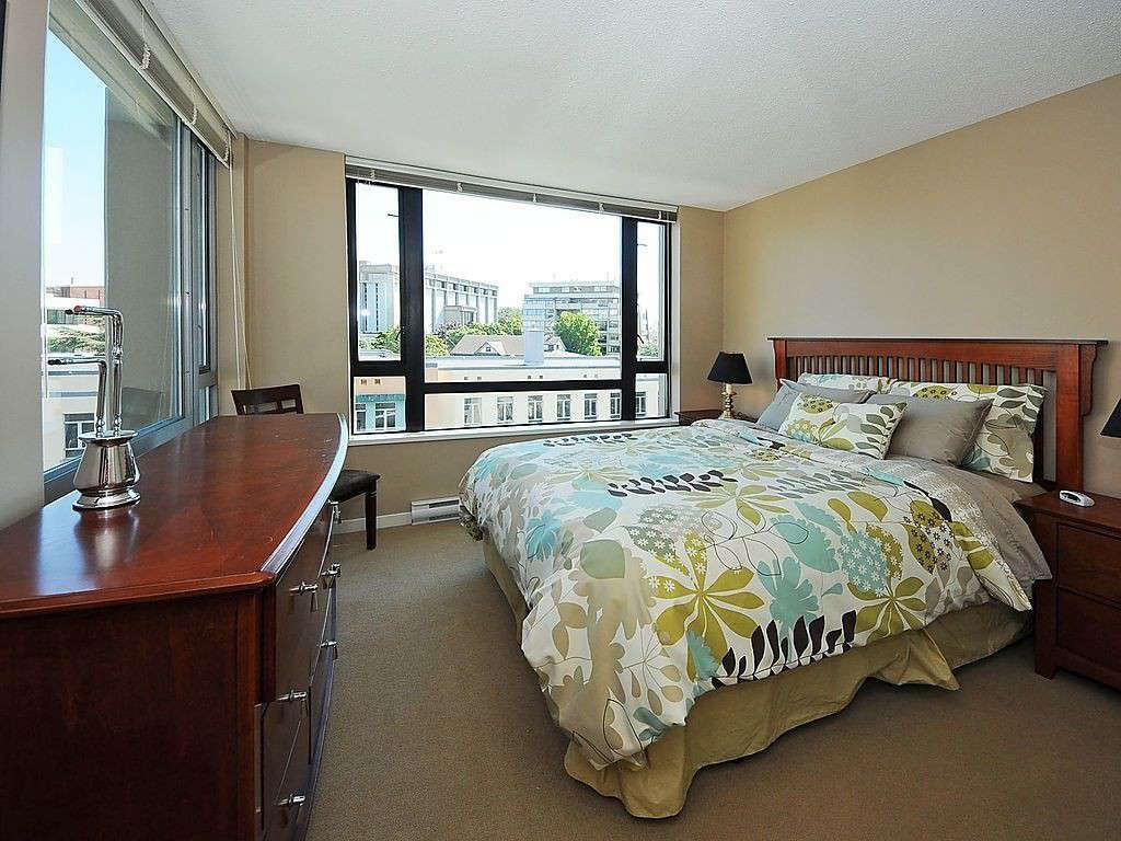 Views of downtown from the queen bedroom - property