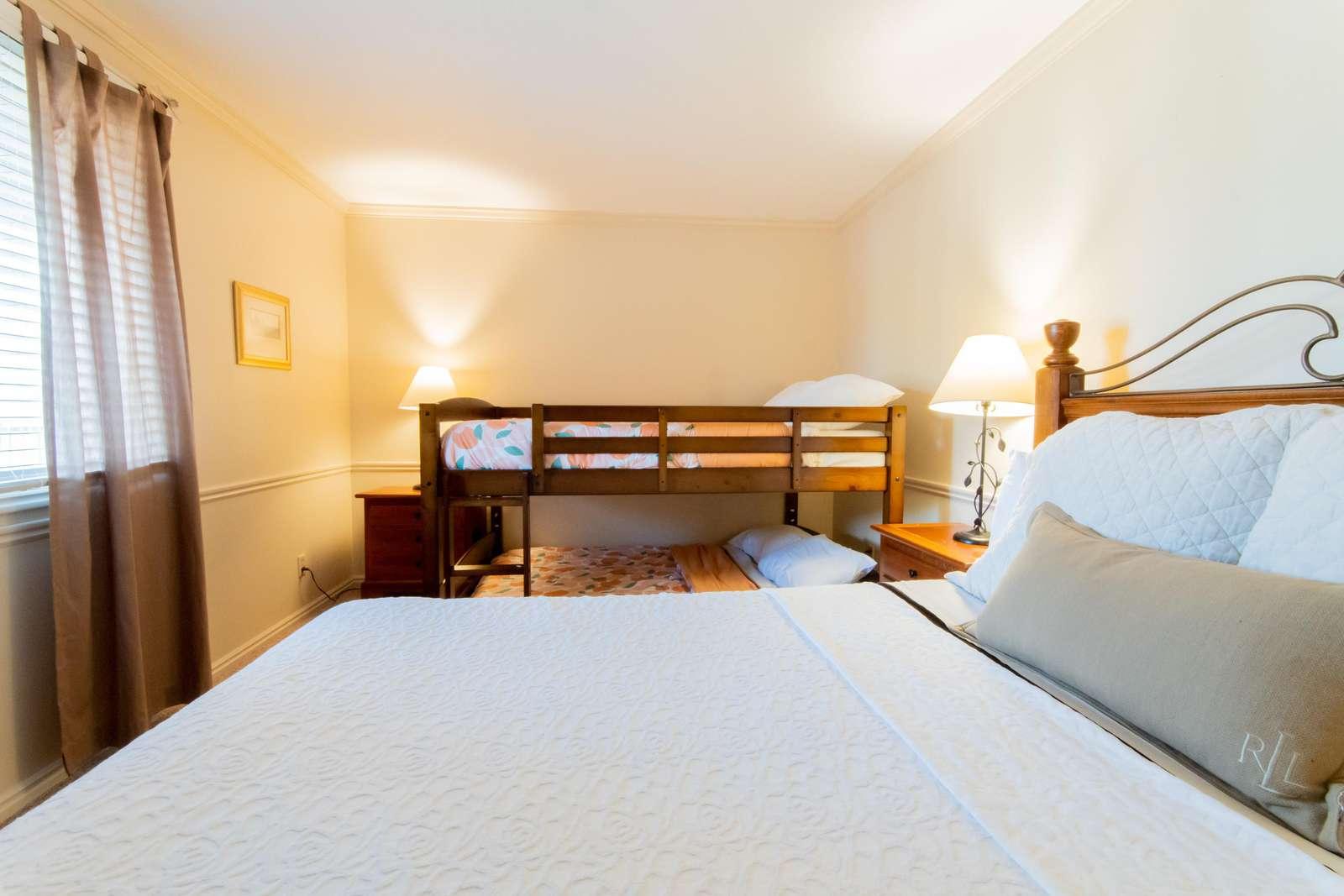 Bedroom 2 - Queen Bed + 2 Full Beds (Bunk)